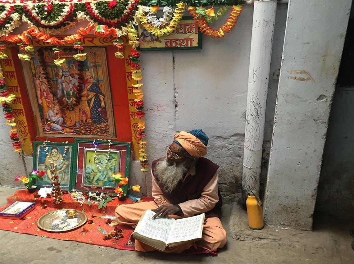 Lectura hindi vedas