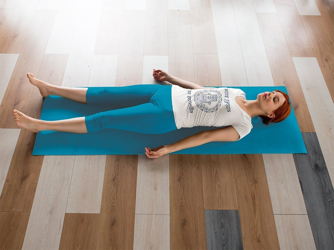 shavasana yoga nidra antes yoga que sencilla green yoga t-shirt